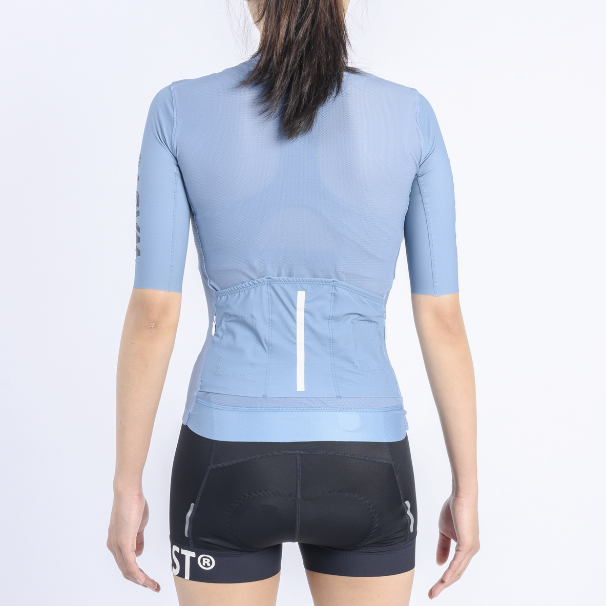 /archive/product/item/images/27a-w9-wbbproaeroshortjersey-paleblue-w-b.png